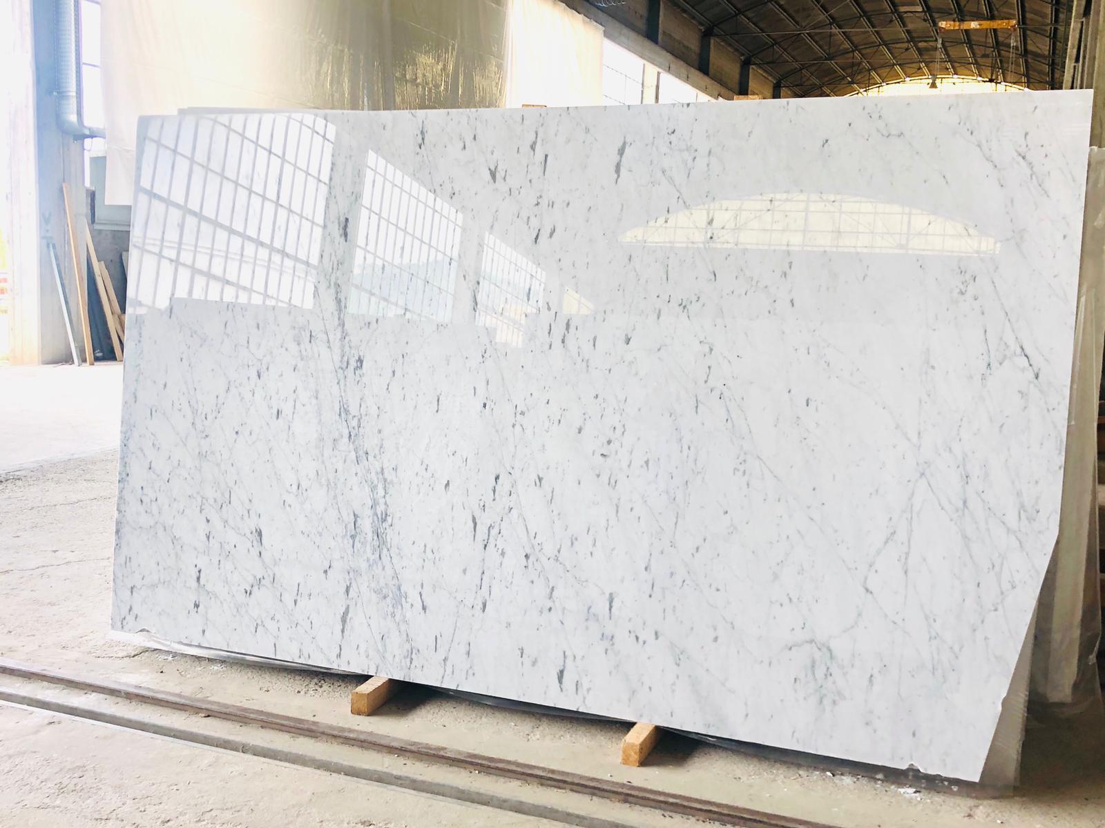 Calacatta White slabs Italie